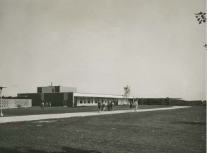 soutwest view of the new student center, 1960